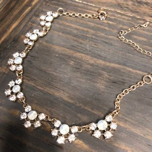 Jewelry - Gorgeous Sparkly Floral Choker